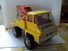camion con gru in latta made in ciappone anni 70