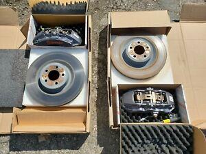 Brembo Ford Mustang Calipers & Rotors SET OEM JR3C-2010