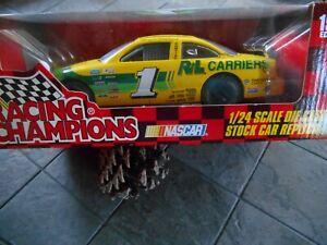 #1 Morgan Shepherd R&L Carriers 1997 Pontiac. 1/24 Racing Champions.