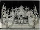 Spectacle de Cabaret Vintage silver print Tirage argentique 18x24 Circa