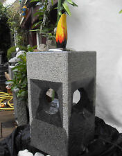 Wasserspiel Granitstein mit 4 Ausläufen und Feuerstelle grau