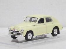 GAZ m-20b Pobieda Limousine, crème, 1/43, Ixo/Est/Kultowe Auta, + amjo-Vitrine