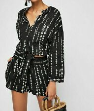 7456 New Intimately Free People FP She's Cool Printed Black Cotton Mini Shorts M