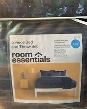 5 Piece Comforter Set Bedding - Room Essentials - Blue Stripe, King - New