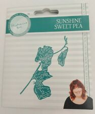 Tattered Lace Stephanie's Signature Collection SUNSHINE SWEETPEA die 490202