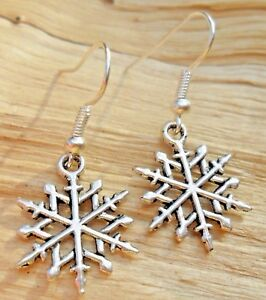 Snowflakes Tibetan Silver Christmas Dangle Hook Earrings NEW