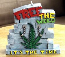 Cannabis Marijuana Candle: Free the Weed New in Box