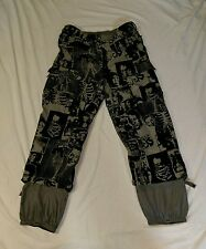 BURTON INSULATED SNOWBOARD RONIN CARGO PANTS MENS XL FLOCKED UP PRINT