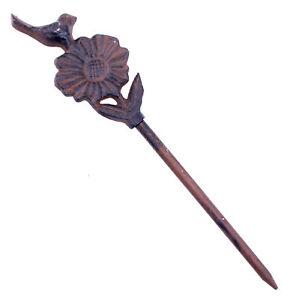"Garden Hose Guide Bird On Daisy Cast Iron Decorative Garden Stake 12.625"" Tall N"