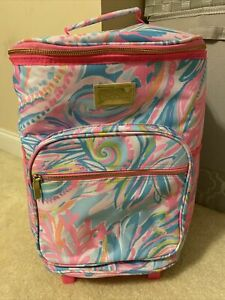 New Lilly Pulitzer GWP Carnivale Coral Rolling Cooler Drinks Snacks Beach Pool