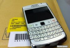 BlackBerry Bold 9700 Smartphone QWERTZ-Tastatur, 3 Megapixel Camera, GPS, LESEN