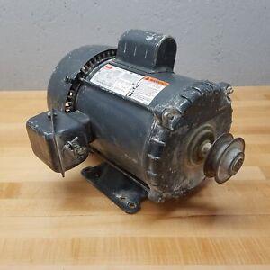 Dayton 5K486L Motor, 1.5 HP, 1740 RPM, 115/230V, 18.4/9.2A, 1 Phase, 184 Frame