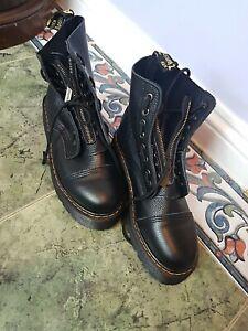 DR. MARTENS Sinclair Line – Black Leather Platform Boots Size 7 NEW.