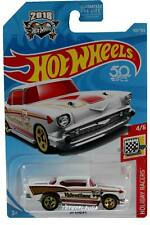2018 Hot Wheels #100 Holiday Racers '57 Chevy Valentine's