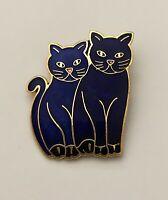 Adorable Two cats  flower  cloisonne  Brooch pin ienamel on metal
