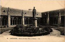 CPA  Tréguier - Treguier - Statue de Saint-Yves et Cloitre  (381787)