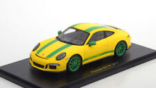 1:43 Spark Porsche 911 (991 II) R 2017 yellow/green