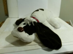 Pound Puppy 1985 issued plush Tonka large size brown & white w red collar