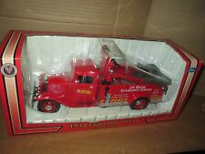 First Gear NAPA auto parts Ford 1934 tow truck wrecker 00737 1:24 Scale