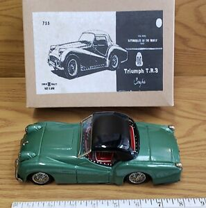Vintage tin toy friction T.R. 3 Triumph Bandai Japan great working condition