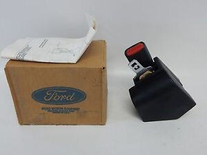 New OEM 1991 Ford Explorer Seat Belt Retractor Receiver Buckle F1TZ7860044DDD