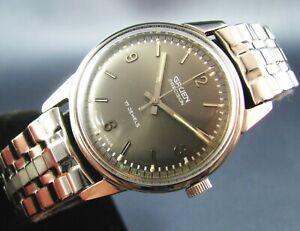 Vintage Gruen Precision Stainless Steel Hand Wind Mens Watch 510SS 1960s