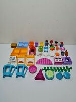 Duplo Lego - Bundle Job lot - Figure x4 Windows Furniture Car & Accessories