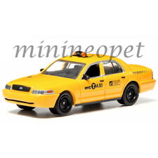 GREENLIGHT 29773 2011 FORD CROWN VICTORIA NEW YORK CITY TAXI NYC CAB 1/64 YELLOW