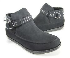 "GUESS WOMEN'S ""KANAB2"" STUDDED ANKLE BOOT BLACK FAUX-SUEDE US SIZE 9 MEDIUM (B)M"