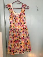 Review floral dress in pastels in size 10