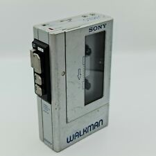 Sony Wm-4 Walkman silver working, see photos & video linked on the description.