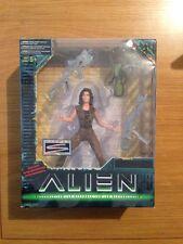 Kenner Alien Resurrection LT. Ripley Action Figure MIB Sealed #7400