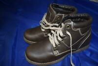 BECKETT Brown Boots UK8 Mens Brown Lace Up Boots UK 8 Lot T7