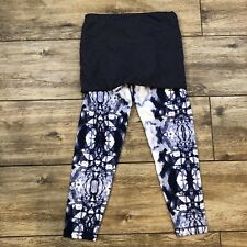 e163d401c5 Lululemon Yin To You Crop Pant Ink Blot 2 In 1 Leggings White Blue size 6