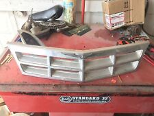87-88 Ford THUNDERBIRD Grill Grille 1987-1988