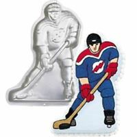 WILTON HOCKEY PLAYER BIRTHDAY PARTY SUPPLIES CAKE TIN BAKING PAN BAKEWARE
