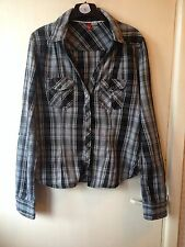 H&M Blue and white checked long sleeve flannel shirt