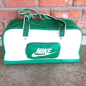 Nike Classic Medium Grip Gym Workout Bag Green/White Poly/Nylon Zip (BA2374 326)