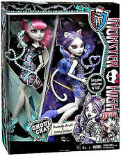 "MONSTER HIGH Ghoul Chat 2 Pack_ROCHELLE GOYLE and CATRINE DeMEW 9"" Fashion Dolls"