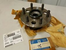GM ORIGINAL 1988-91 Chevy GMC Truck Pickup 4WD Hub & Bearing 15564905  12541129