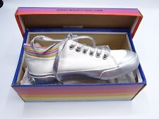 dc35fbed2 NEW Rocket Dog Jetson JCK Athletic Girls Shoes SILVER WHITE GROOVY Kids 2 M