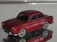 Wiking ( 40 / 12C , CS 307 / 1A )  - VW  1500 / 1600 Stufenh. weinrot
