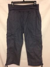 Calvin Klein Women's Performance Cargo Cropped Pants Color Charcoal Size X-large