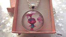 TROLLS POPPY PINK ,BUBBLE BEE NECKLACE 16 inch AGE 2 TO 4 YEARS GIFT BOX PARTY