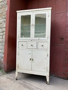1930s Antique Metal Medical Cabinet White Kitchen Bathroom Industrial Dental