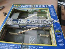 AHM Lima HO Automatic Crossing Gate  (B28)