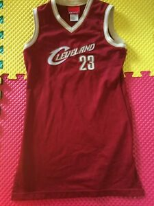 LeBron James Cleveland Cavaliers #23 Reebok Red Jersey Youth Size Large 14 MINT