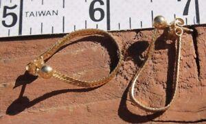Gold      flat chain   Earrings