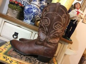 ARIAT Heritage Woman's Brown Leather Cowboy  Boots Style 15702 Size 11 B