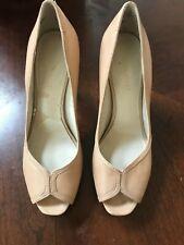 Nine West Women's tan heels, size 6M